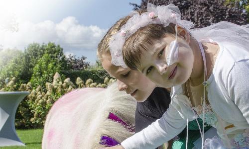 Kanjer Lieve is op 7-jarige leeftijd overleden na een oneerlijke strijd tegen kanker. Doe mee met de Run for KiKa Winterrun voor kanjer Lieve.